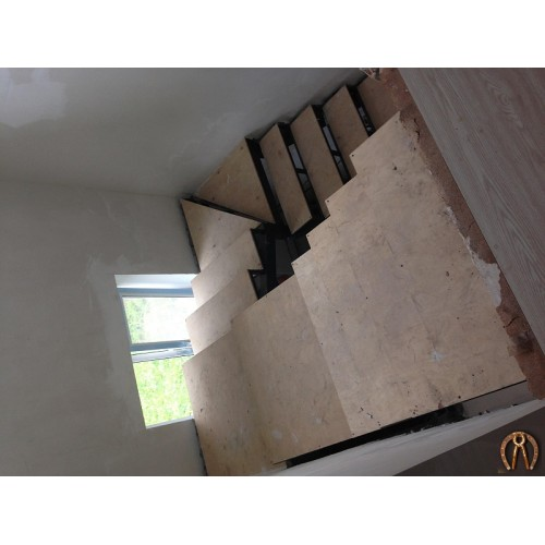 Металлокаркас лестницы 3 этажа