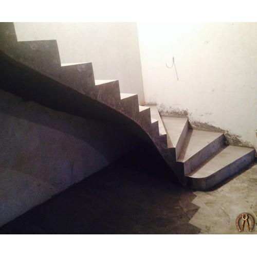 Монолитная лестница 11