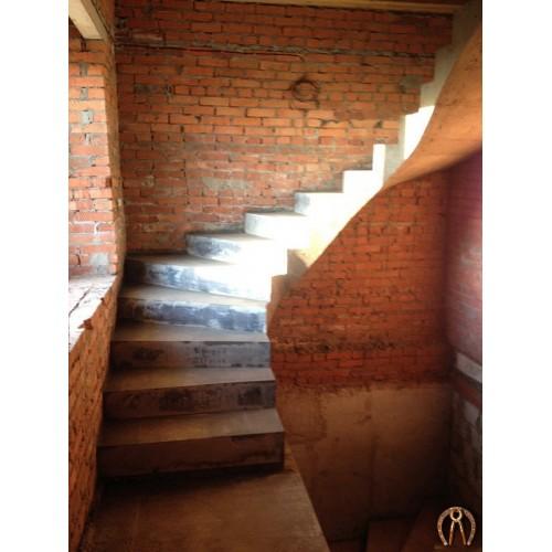 Монолитная лестница 8