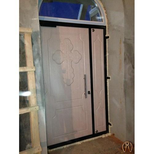 Двери в храм с накладками под заказ