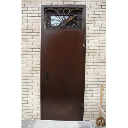 Стальные двери с кованой решеткой Запруд