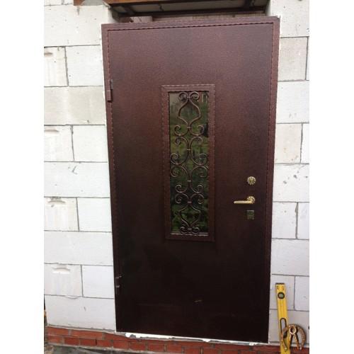 Стальная дверь со стеклопакетом и ковкой под заказ по размерам заказчика