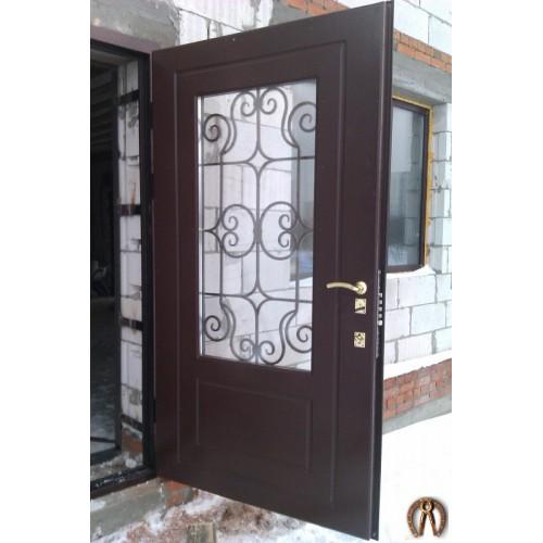 Стальная дверь с большим стеклопакетом