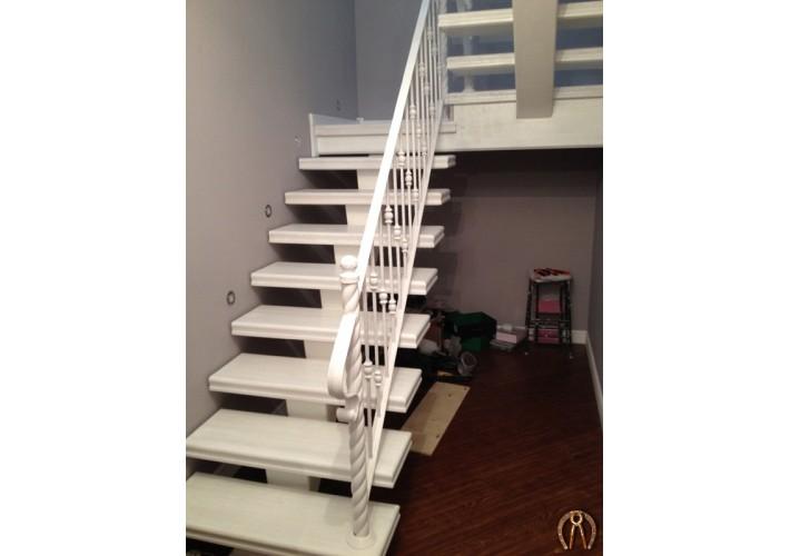 Лестница воздушная на одном косоуре