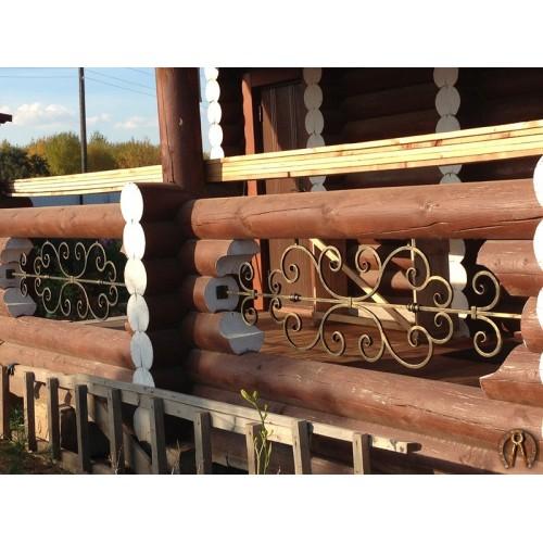 Троица вставки в деревянный балкон