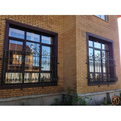 Кованые решетки для витражных окон